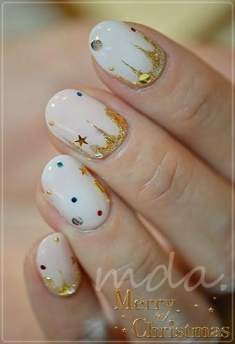 #nail #unhas #unha #nails #unhasdecoradas #nailart #gorgeous #fashion #stylish #lindo #cool #cute #fofo #white #branco #gold #dourado
