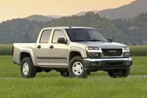 As the release date of the new full-size 2014 GMC Sierra and Chevy Silverado are getting closer (which is expected to come out earlier than the midsize, smaller GMC Canyon and Chevy Colorado), it is better to forget the little ones. That's what the spy shots reveal.