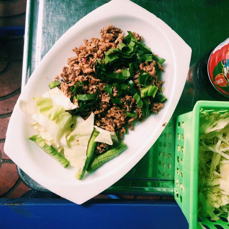 Obiad wtajskiej, restauracji jay – naprzystawkę mielone grzybki