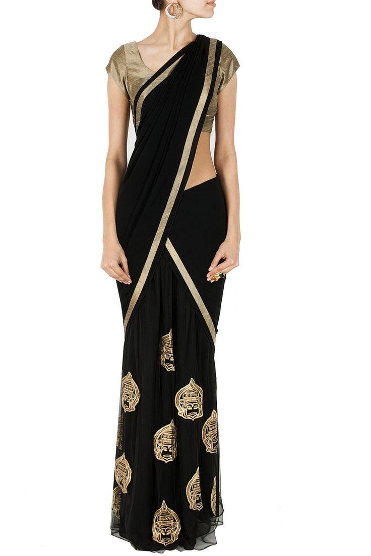 Black kathakali sari BY NIKHIL THAMPI. Shop now at perniaspopupshop.com #perniaspopupshop #clothes #womensfashion #love #indiandesigner #NIKHILTHAMPI #happyshopping #sexy #chic #fabulous #PerniasPopUpShop