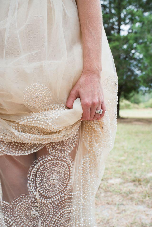 DIY wedding dress | LH Photography | see more on:  http://burnettsboards.com/2015/04/vintage-glam-wedding/