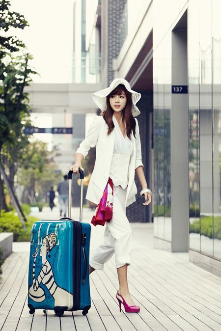 Park Han Byul - Elle Magazine July Issue '11