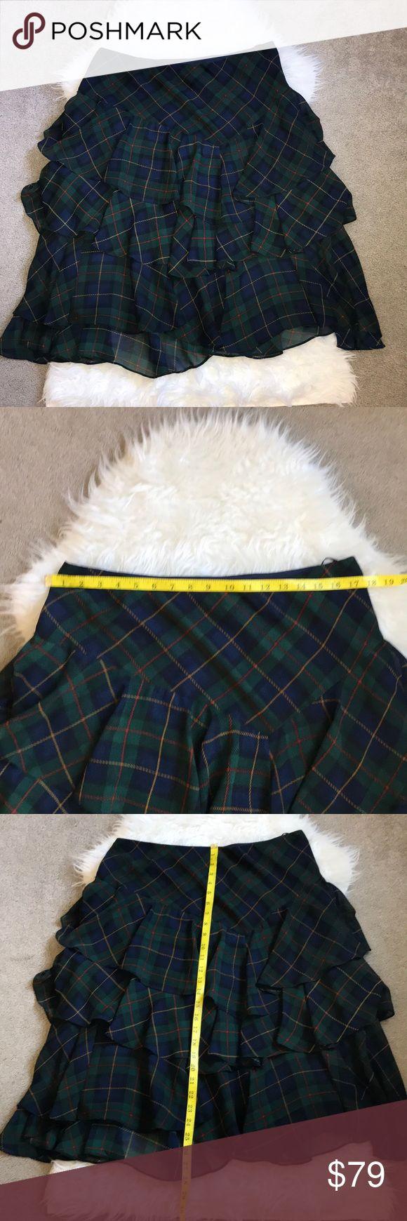 Ralph Lauren Skirt Size 10 Excellent condition 😍 NO TRADE 🚫 No model 💃🏻 Lauren Ralph Lauren Skirts Midi