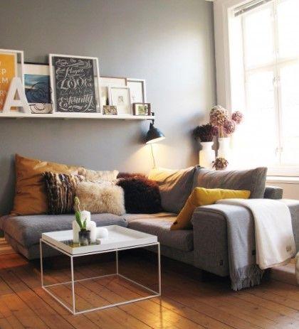 다양한 소품으로 꾸미는 벽면 인테리어 사진 : 네이버 블로그