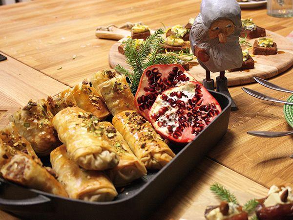 Bästa glöggtilltugget är dessa filodegsknyten fyllda med getost, pepparkakor och fikon. Försvinnande goda.
