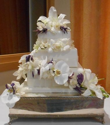 Lily, Orchid and Clematis cake flowers
