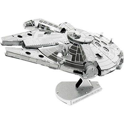 Chollo en Amazon España: Maqueta del Halcón Milenario de Star Wars por solo 7,45€ (un 42% de descuento sobre el precio de venta recomendado y precio mínimo histórico)