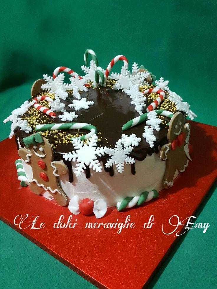 Drip cake natalizia