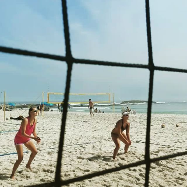 Gotta jiggy with it! ;) #Spring time in #CampsBay!! #beachvolleyball #capetown…