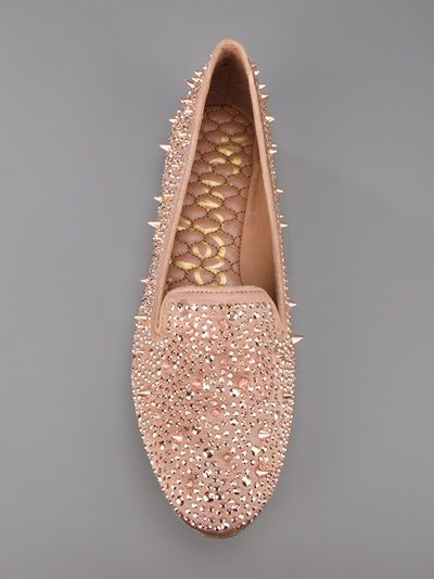 Sam Edelman knows whats up..