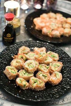 Pust, tillbaka till verkligheten verkligen! Jag har massor av jobb men nu har jag precis levererat 20 stycken recept till ett nytt samarbete så nu kan jag fortsätta i lite lugnare takt :) En smarrig ost & skinkomelett fick bli dagens brunch. Gott! Jag älskar ju Sushi! Men just nu har jag ju stramat upp […]