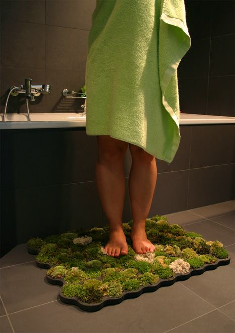 Natural Moss Bath Mat--you water it by using it. I want this!Moss Mat, Moss Bath Mats, Moss Carpets, Green, Living Moss, Shower, House, Bathroom, Design