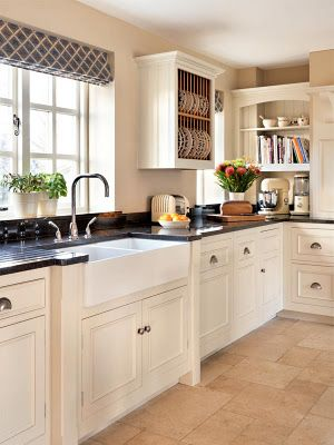 Idea for kitchen - I like the open bookcase in back corner too.