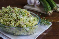 Pasta con zucchine e prosciutto cotto con provola