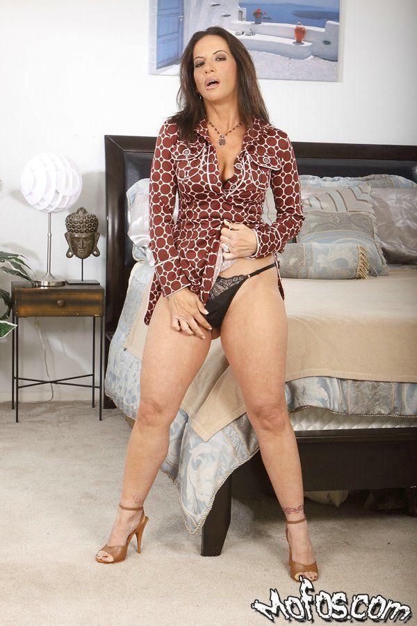 Reifen Lady Mit Big Arsch Melissa Monet Bekommt Entfernen Der Ihr Kleid Und Dessous