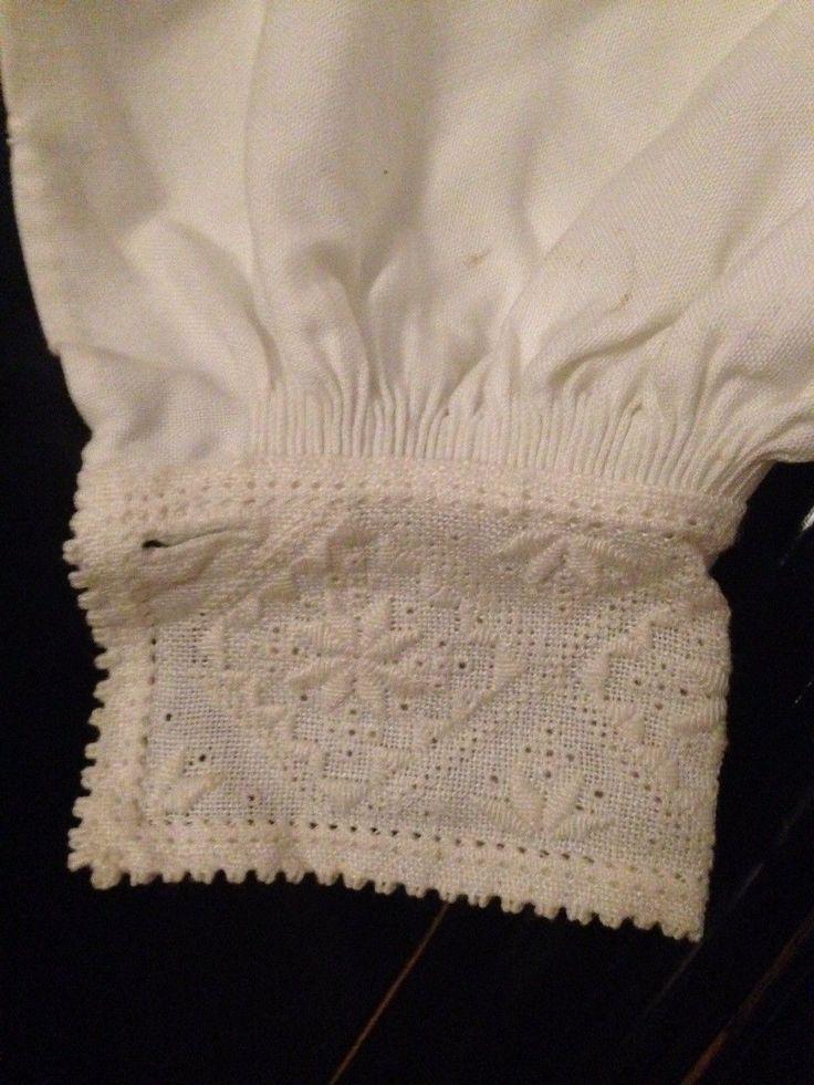 (1) FINN – Bunadsskjorte til Hardangerbunad dame