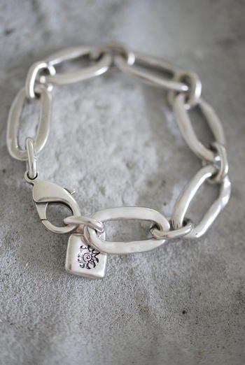 UNO DE 50 sterling silver link bracelet.