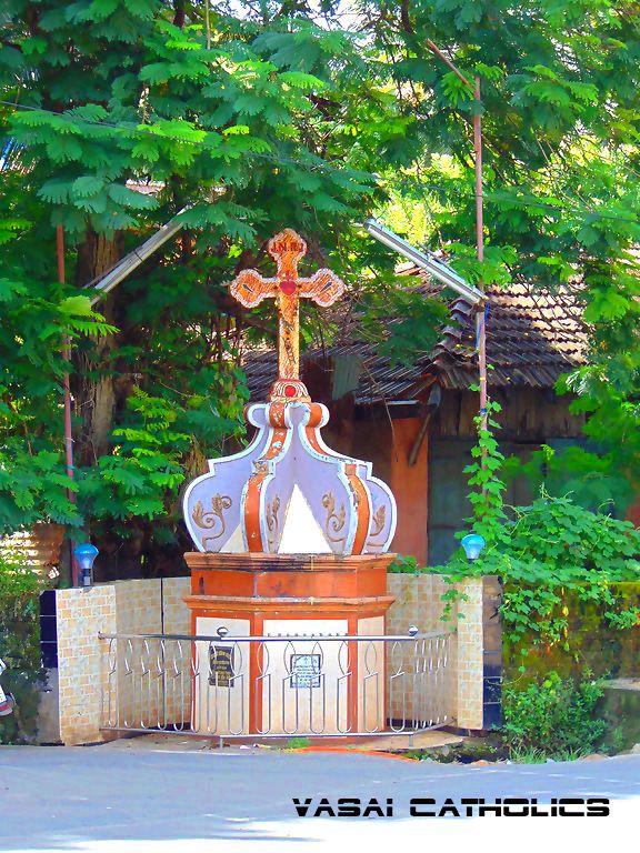 Cross at Bangli Naka, Vasai