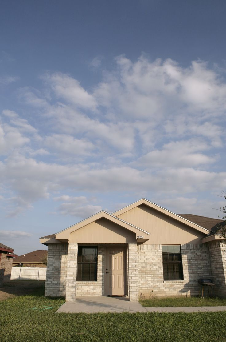 Example of a home built at affordable homes of south texas for Affordable built homes