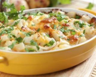 Gratin de céleri branche au parmesan allégé : http://www.fourchette-et-bikini.fr/recettes/recettes-minceur/gratin-de-celeri-branche-au-parmesan-allege.html