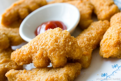 Seriously, dinosaur chicken nuggets taste 100 times better than regular chicken nuggets! :P