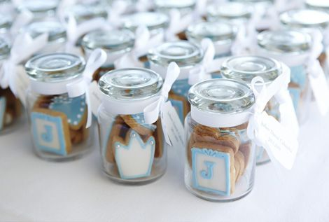 MEDITERRANEAN BRIDAL SHOWER IDEAS | bombonniere mini glass gift jars filled with bite size cookies