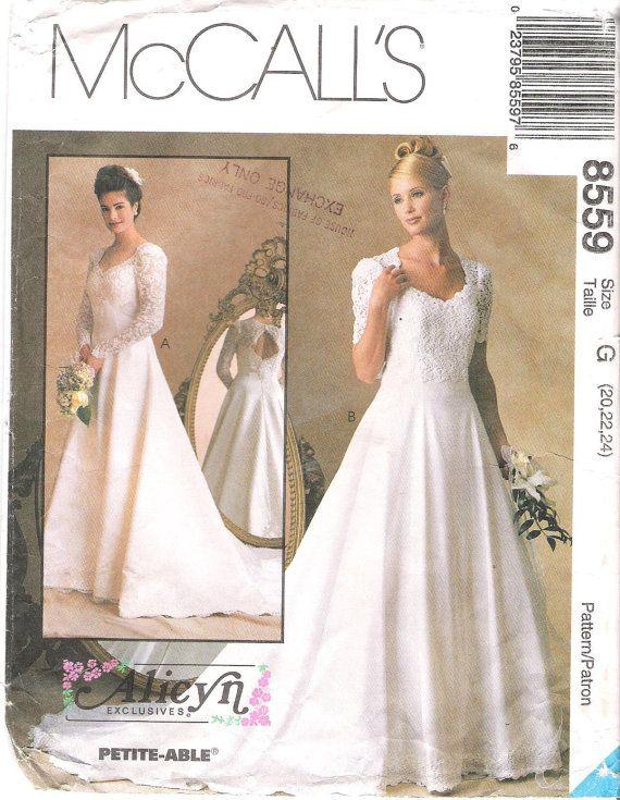 Mccalls 8559 wedding dress princess seams keyhole back for Wedding dress patterns mccalls
