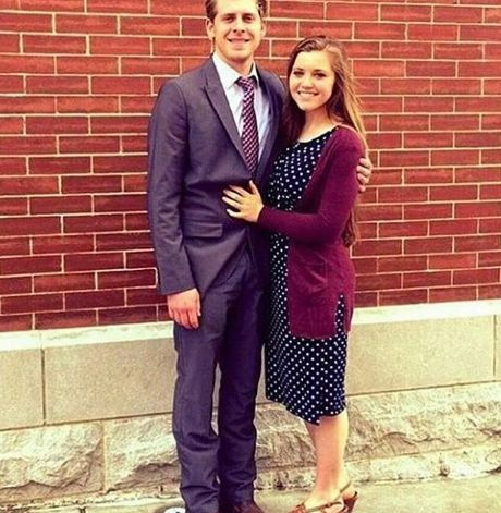 Joy-Anna Duggar's Wedding Dress: The Sweet Family Tradition She's Carrying On