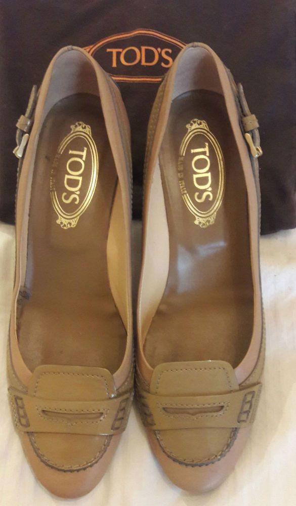 TOD'S AUTHENTIC LADY'S SHOES IN BEIGE .ITALY.  Size Eu 40 / US 9.5 / UK 7.5 #Tods #PumpsClassics #WeartoWork