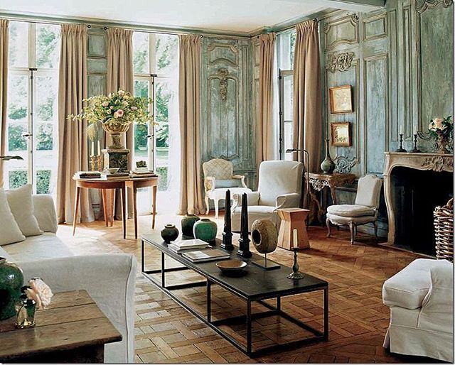 Magical Villa Rozenhout... I Know i post too many Photos of this magical House, but i cant resist... @horschinteriors #favhouses #boiserie #edouardvermeulen @natancouture #elegance #panelling #greatdesigners