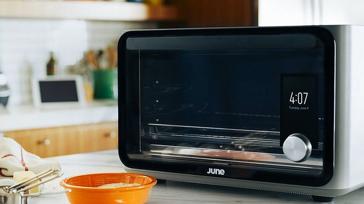 June Computer Based Countertop Oven - http://DesireThis.com/3623 - A team behind such technologies and products as the iPhone, Apple Watch, GoPro and FitBit have announced the June Intelligent Oven — a powerful and easy-to-use computer-based countertop oven designed to bring the kitchen into the smart home era and make everyone a better cook. June combines professional-grade technology with a powerful quad-core processor, built-in camera, sensors and Internet connectivity t