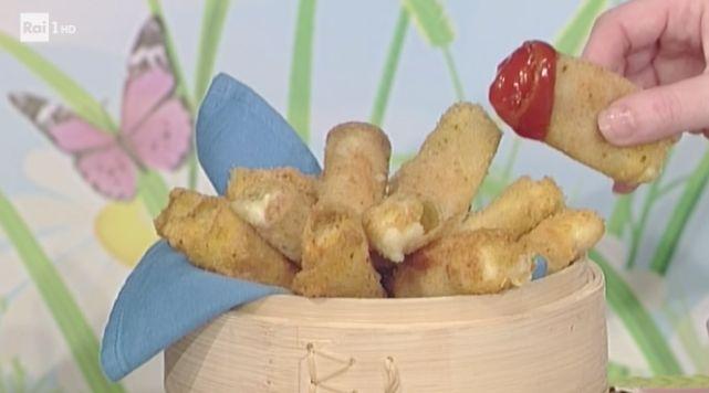 La prova del cuoco ricette sprint 2 maggio, bastoncini di mozzarella da fare subito | Ultime Notizie Flash