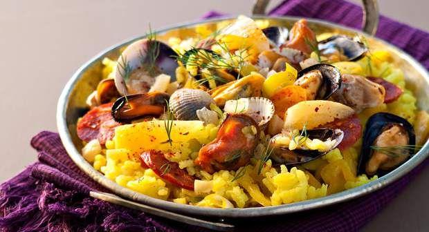 Paella aux coquillagesVoir la recette de la Paella aux coquillages >>