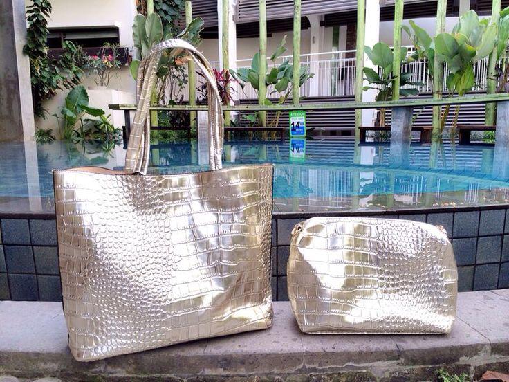 Tote Bag Embossed