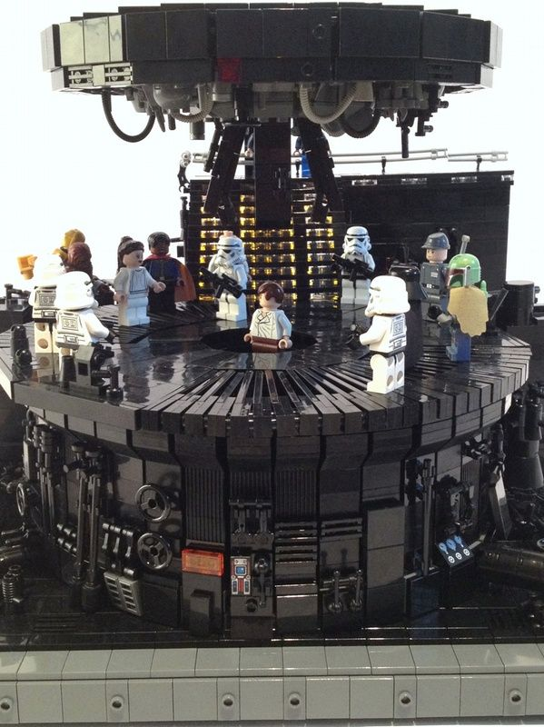 This is high on my list of Star Wars scenes to recreate in #LEGO.  CARBON CHAMBER