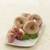 DONAT UBI UNGU http://www.sajiansedap.com/recipe/detail/4021/donat-ubi-ungu