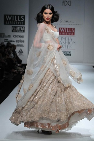 White & Gold Lengha By Anand Kabra