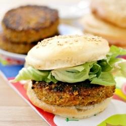 veggieburger with home-made buns