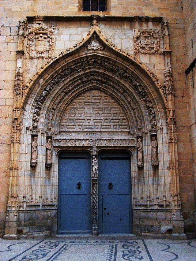 Portada de l'església de Sant Martí, Callosa de Segura - Alicante