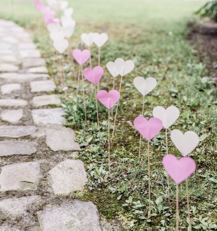 DIY Herzen zur Hochzeit schnell selbst basteln