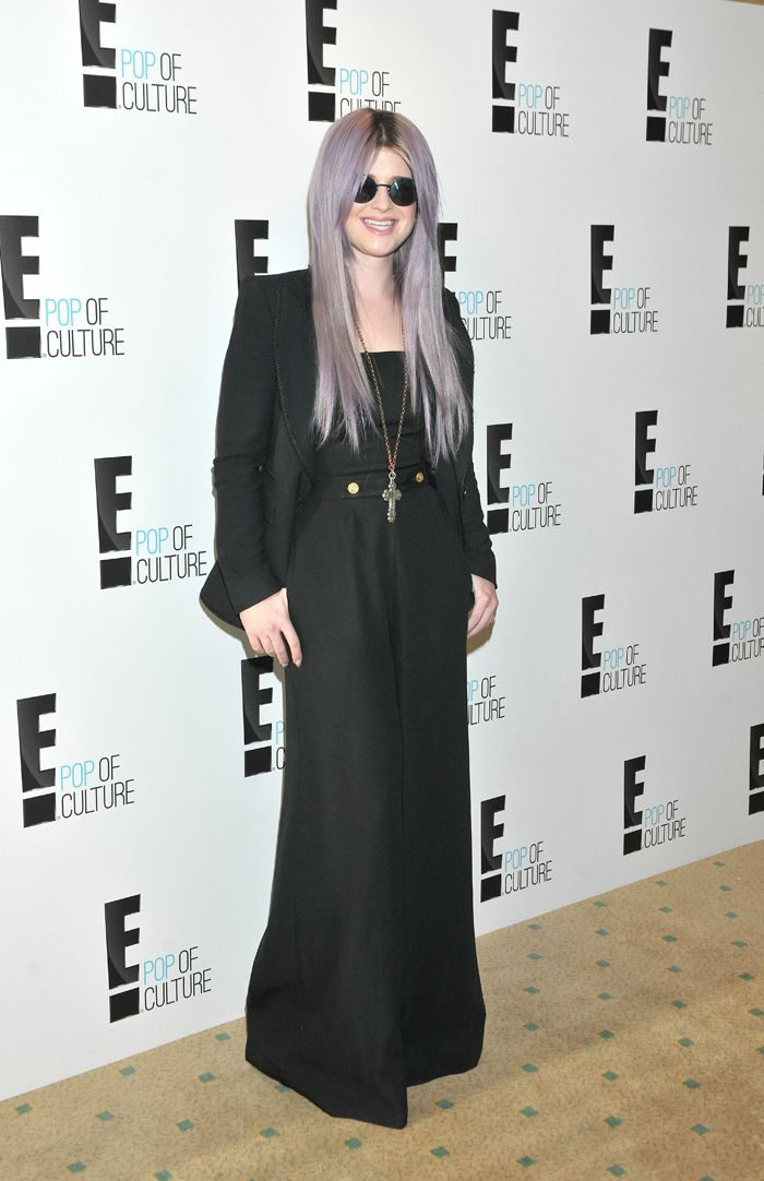 Kelly Osbourne does look like Ozzy. I'd never noticed before.