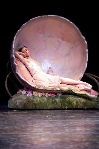 """Lesley Rausch as Titania in  """"Midsummer Night's Dream"""" (Pacific Northwest Ballet). Photo: Angela Sterling"""