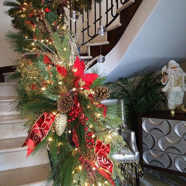 Pin By Zack Trammel On Christmas Elegance In 2020 Christmas Decorations Christmas Holiday Decor