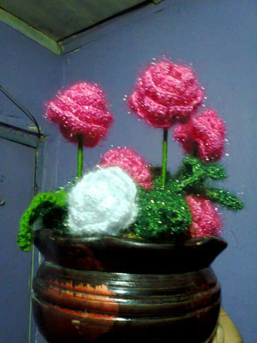 Evleriniz Için Dekoratif örgü çiçekler Youtube Ornekleri Scrubs