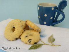 Biscotti alla panna con gocce di cioccolato