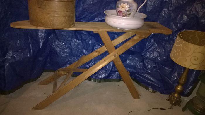 Online veilinghuis Catawiki: Oude houten strijkplanken - 2 stuks - 20e eeuw