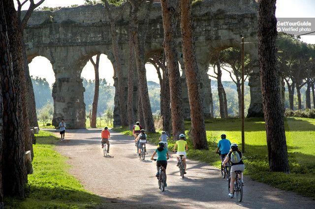 Rome Full-Day Bike Tour: Appian Way, Aqueducts, Catacombs