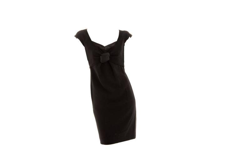 Vestido negro recto Moschino