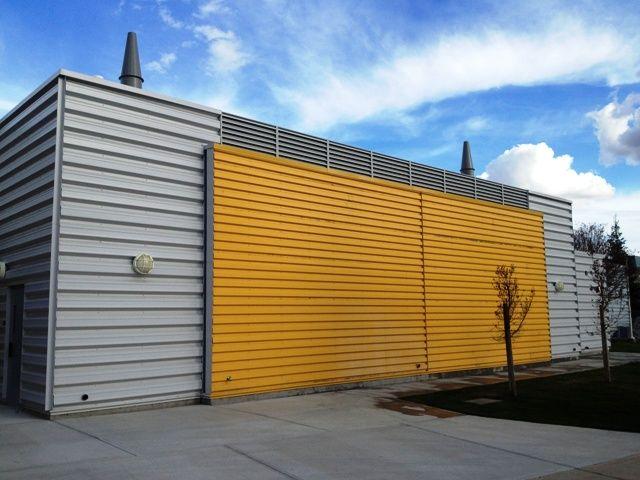 29 best metal facade images on pinterest metal facade for Horizontal steel siding