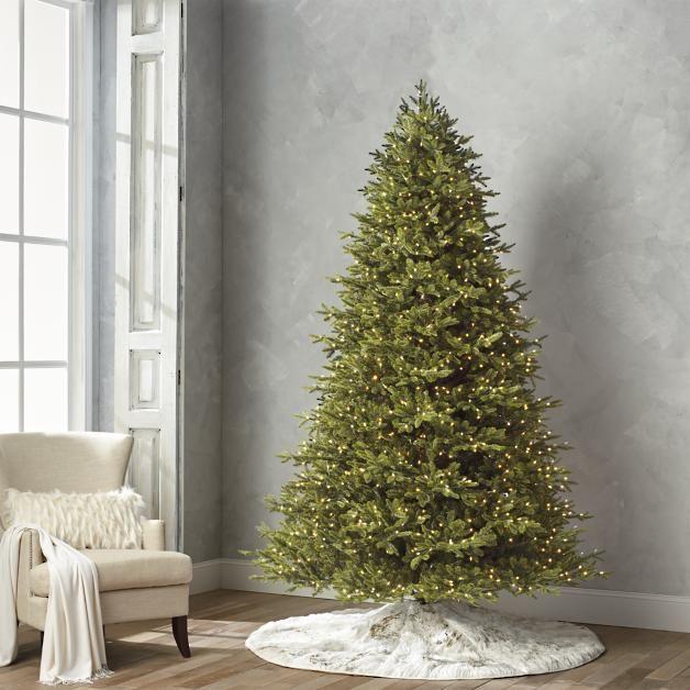 Epic Traditional Noble Fir Estate Quick Light LED u Full Profile Tree